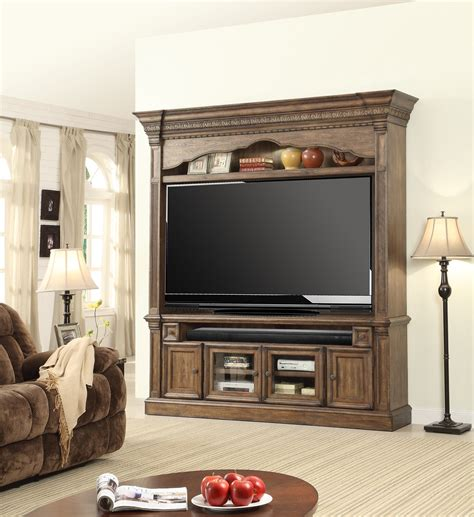 K D Kruwil Set Ari 2 entertainment center from house ari