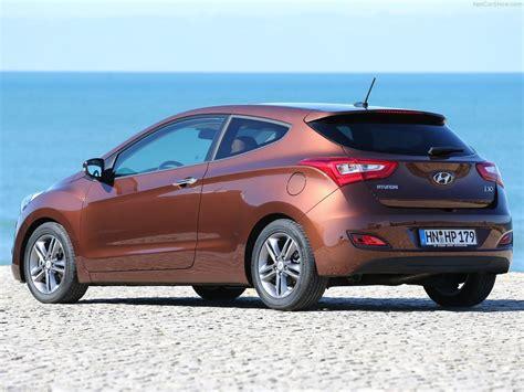 3 Door Hyundai by Hyundai I30 3 Door Hatchback Review New Design Provides