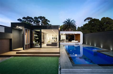 Australian Mansion Floor Plans by Heritage Home Gets A Bold Contemporary Extension