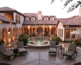 Spanish Home Plans With Courtyards mediterranean u shaped house courtyard home design ideas