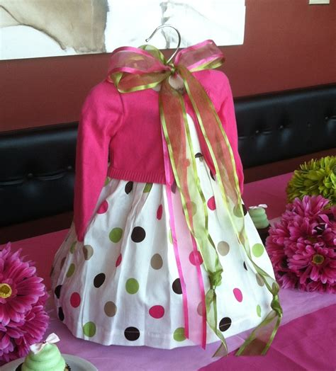 centerpiece for a baby shower use a baby dress as the centerpiece for a baby shower baby shower ideas