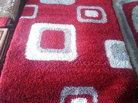 Karpet Bulu Merk ruang tamu dengan karpet bulu mewah desain ruang tamu