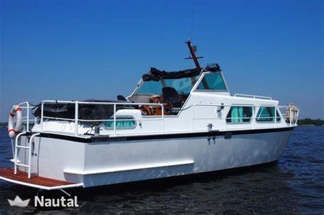 motorjacht huren noord holland huur motorboot custom made target 850 in zaandam noord