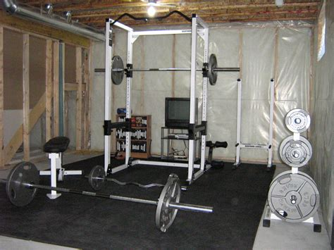 Home Gym Lighting Design by Turn Your Basement Into A Gym Fbeed Com