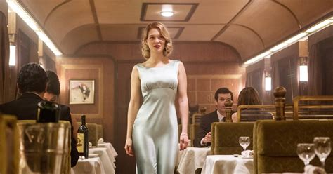 lea seydoux james bond review l 233 a seydoux meet the chic spectre bond girl rolling stone