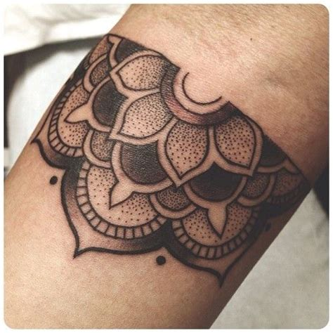 half mandala tattoo best 20 half mandala ideas on