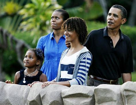 vacation like the president at obama s hawaii vacation president obama can t run vacation administration in times