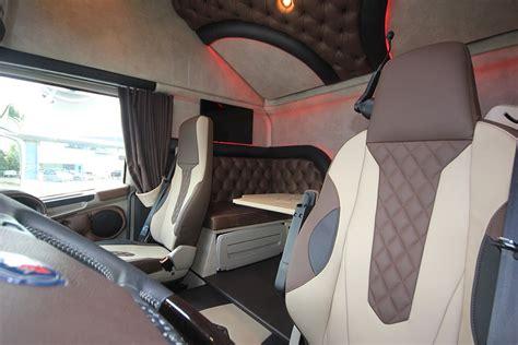 scania vrachtwagen interieur voorbeelden truckbekleding royal class truck interiors