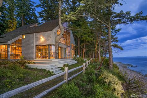 washington waterfront property in whidbey island oak