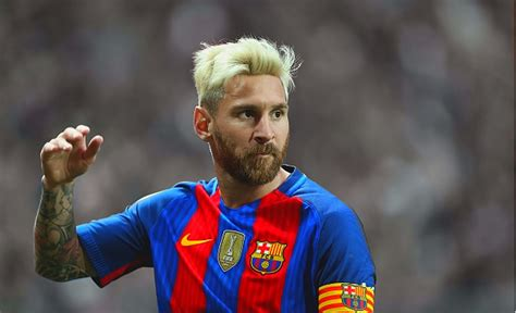 lionel messi biography in malayalam messi wife son girlfriend family salary house wiki bio