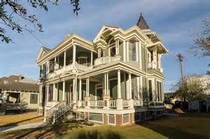 historic homes 2016 galveston historic homes tour showcases preservation community houston chronicle