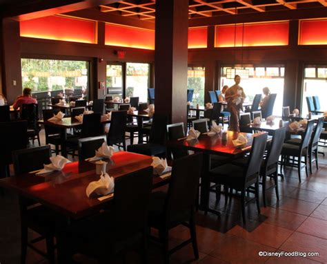 Dining Room Tables Seat 12 by Review Tokyo Dining In Epcot S Japan The Disney Food Blog