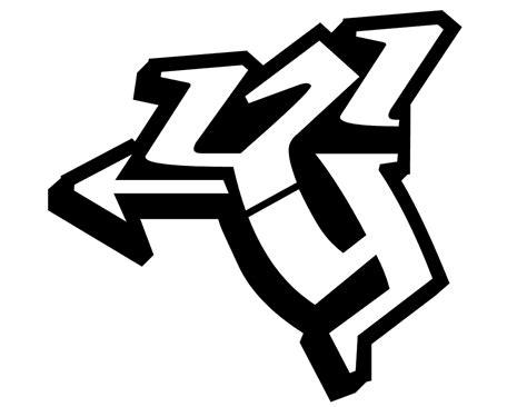 distortclut graffiti letter  sketches design