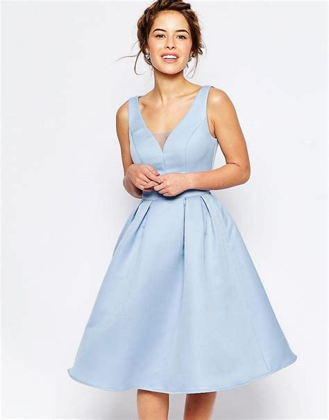 la longue monte de image 2 chi chi london petite robe patineuse mi longue avec goutte d eau au dos mon