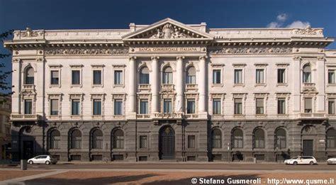 commerciale italiana milanofoto archivio immagini di gt 20060814