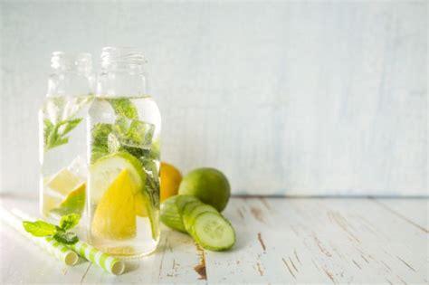Detox Alabama acqua detox al cetriolo limone e zenzero tomato
