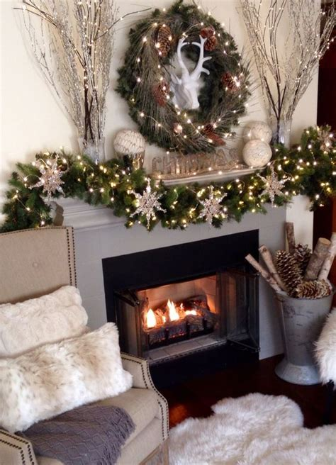 faux fur home decor 24 cozy faux fur christmas d 233 cor ideas shelterness