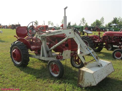 Farmall Super A With Ih 1000 Front End Loader Tractors