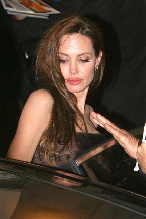 brad pitt angelina jolie at the tree of life premiere in la 86065 angelina jolie pictures stars leaving the quot tree of life