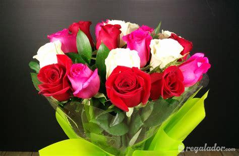 imagenes de rosas blancas naturales ramo de rosas rojas rosas y blancas en regalador com