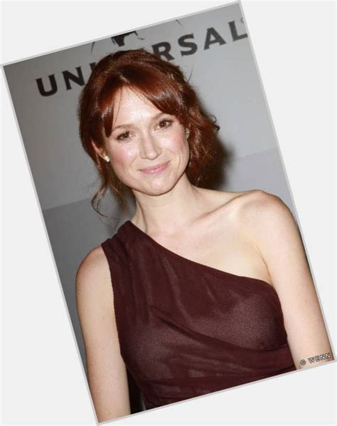 ellie kemper might need to steal her hair color lovely ellie kemper official site for woman crush wednesday wcw