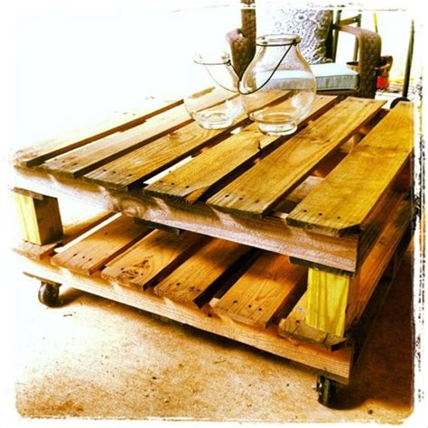 Make A Pallet Coffee Table Make A Coffee Table From An Pallet Dump A Day