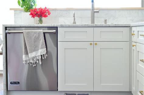 best 25 rta kitchen cabinets ideas on light