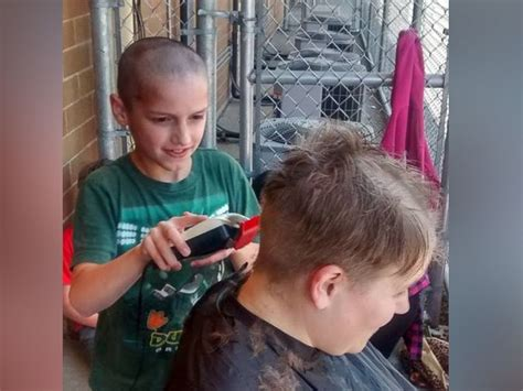 clipper cut haircut by surprise stories washington teacher lets 4th grader shave her head after he