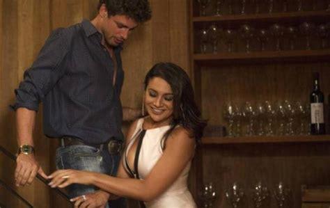 amalia granata en playboy notiblog ap 243 s cenas quentes em amores roubados atriz dira paes
