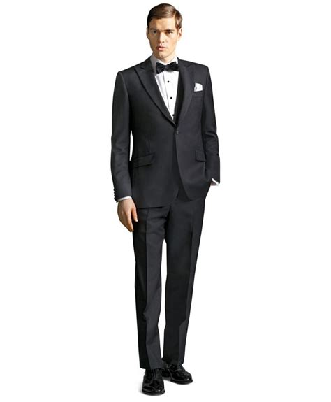 great gatsby themed tuxedo top five grooms groomsmen trends chic vintage brides