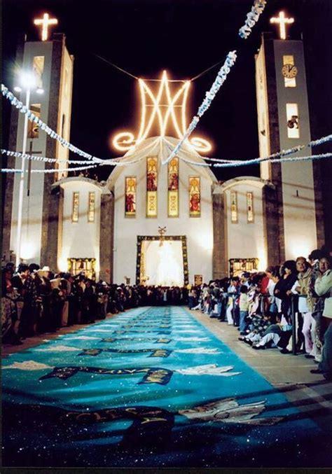 alfombra mexicana alfombra decorated mexican streets pinterest