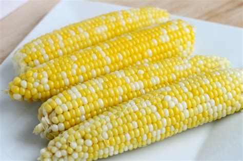 corn on the cob stick a fork in it