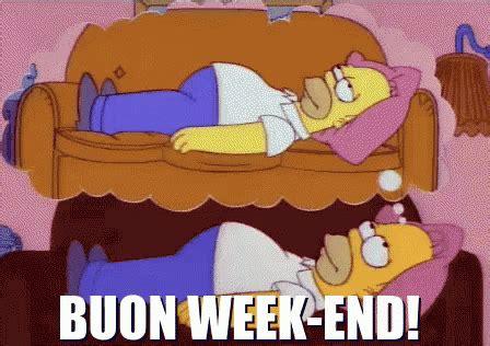 homer divano buon sabato week end homer divano riposo relax gif