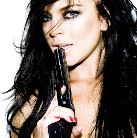 Lindsay Lohans Are Just A Button Away by 128 Best Images About Lindsay Lohan On Belly