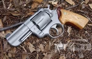 Ruger gp100 wood concealment grips thr