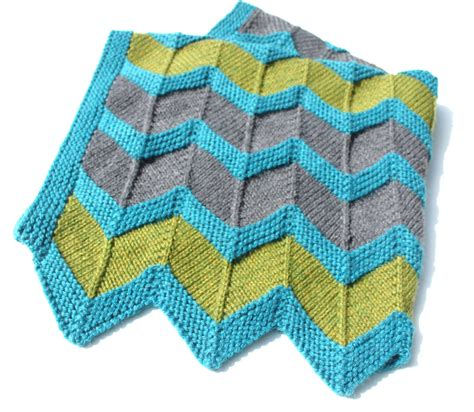 two color baby blanket knitting pattern zip baby blanket pattern chevron knit baby blanket
