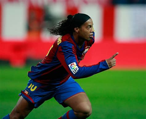 chelsea new signing players ronaldinho the 20 players chelsea missed out on signing