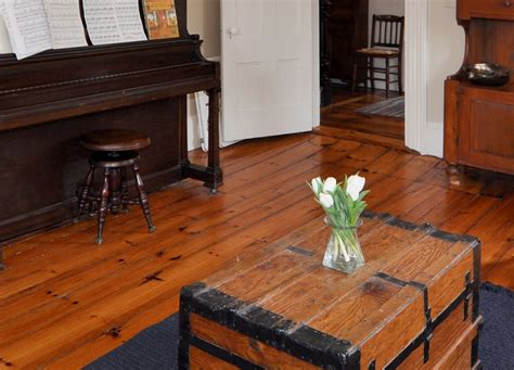 Distressed Flooring Techniques - give your home world character with distressed