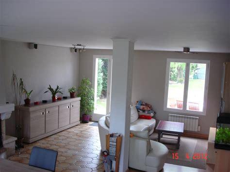 Habillage Pilier Interieur by Habillage Poteau Salon Niches Murales Design Dans Le