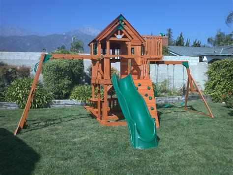 backyard discovery weston cedar set 100 backyard discovery weston cedar swing set gorilla