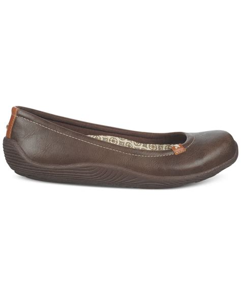 dr scholls shoes joliet flats lyst dr scholls joliet flats in brown