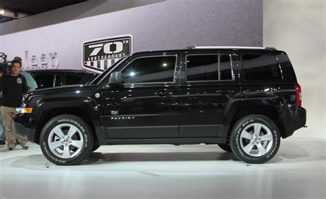 Jeep Patriot 2011 Car And Driver