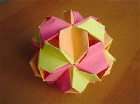 Virus Origami - fullerene truncated icosahedron penultimate module
