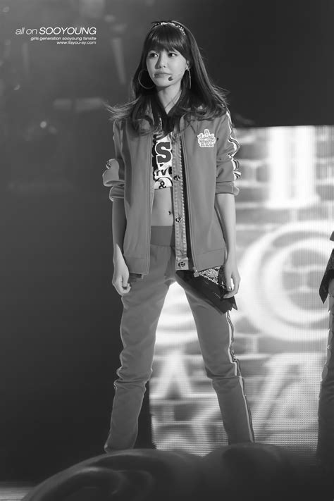 Sooyoung - 130106 KBS Hope Concert | Manuth Chek's SoShi Site