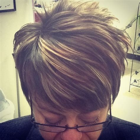 highlights and low lights for a pixie cut highlights and lowlights short pixie hair cut hair