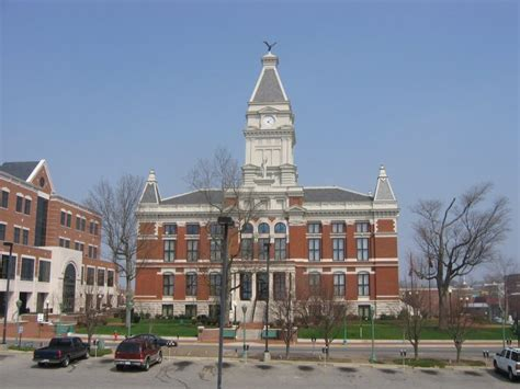 Clarksville Tn Court Search Montgomery County Courthouse Clarksville Tn Town Clocks On Waymarking