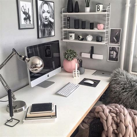 desk decor ideas 25 best ideas about home office decor on