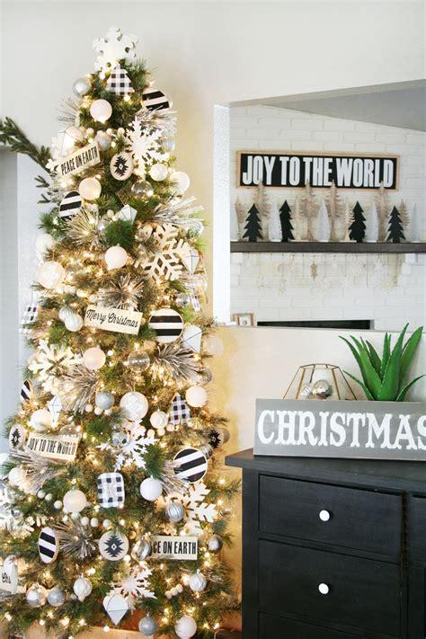 ready made cristmas decorations black white tree decor