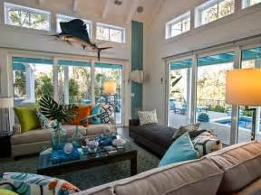 a tufted nylon rug in a moroccan print continues a focus hgtv urban oasis 2013 living room pictures hgtv urban