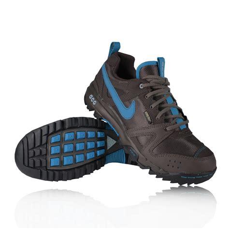 nike rongbuk tex waterproof walking shoes 29
